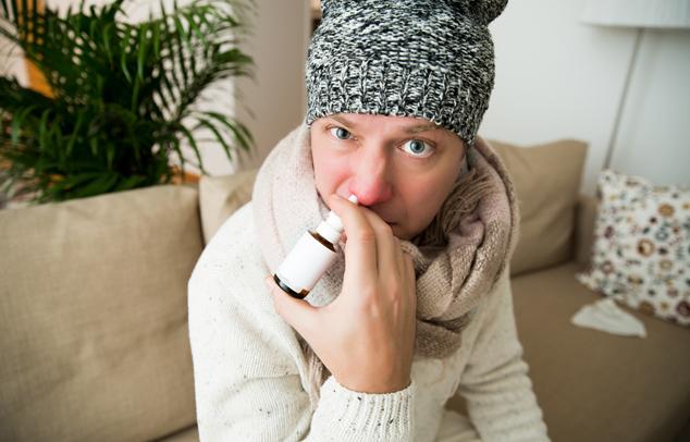 Az orrdugulásra nagyon sokan használnak különböző orrcseppeket és orrsprayket.